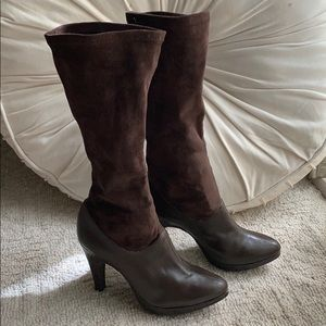 Gianni Bini brown leather heeled boots
